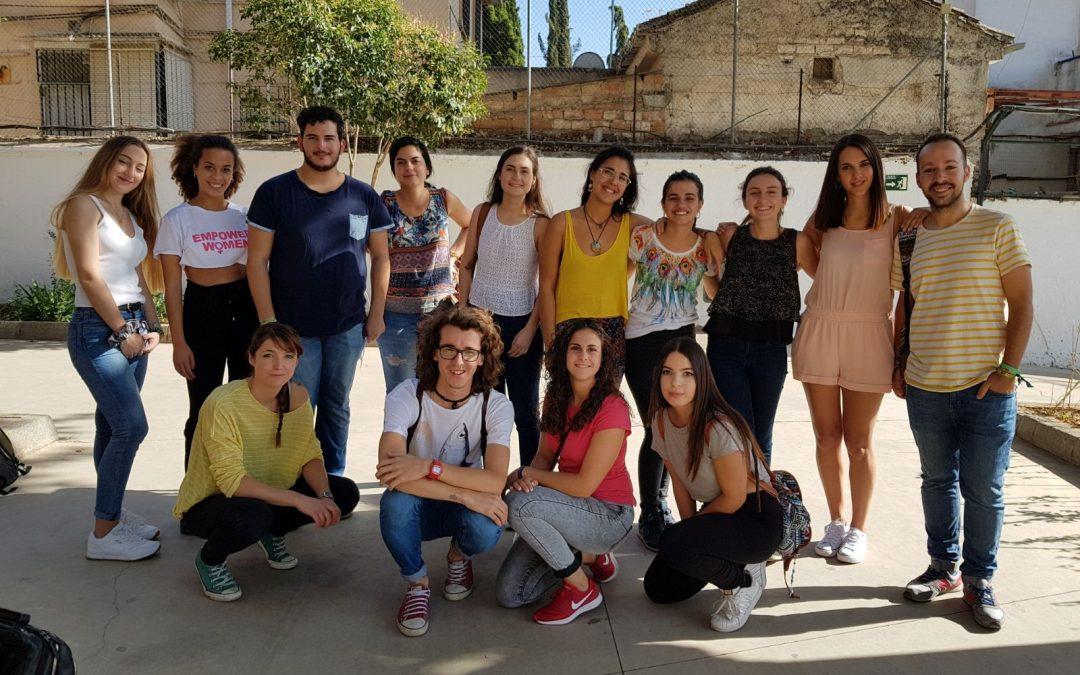 Reunión de coordinación del voluntariado de menores en la Escuela Hogar Andrés Manjón