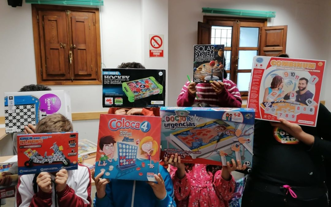 Más juguetes para los niños de Granada