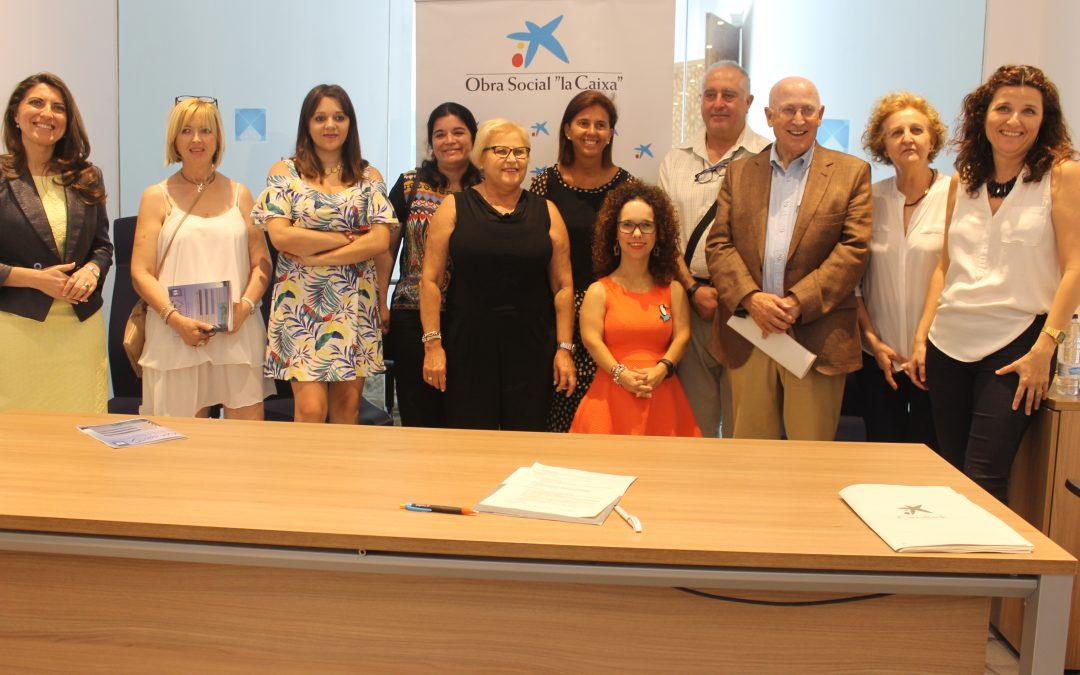 Obra Social la Caixa y Fundación Albihar firman un nuevo proyecto dirigido a mejorar la atención de las personas mayores