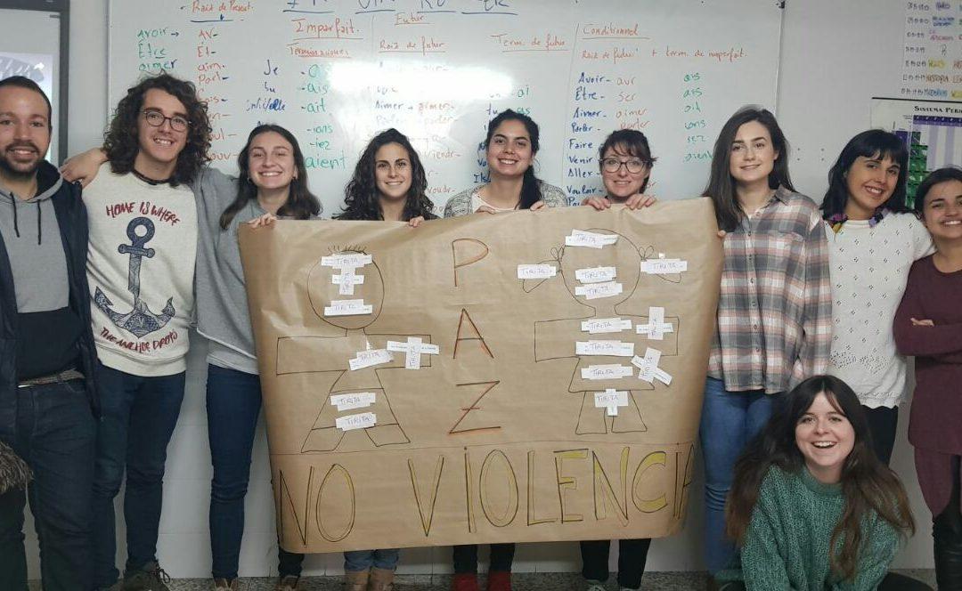 Los niños de Fundación Albihar celebran el Día de la Paz con el equipo de voluntariado