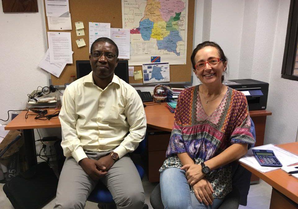 El responsable de proyecto en RD Congo de la Fundación Albihar, Claude Kinsiama, visita la sede en Granada